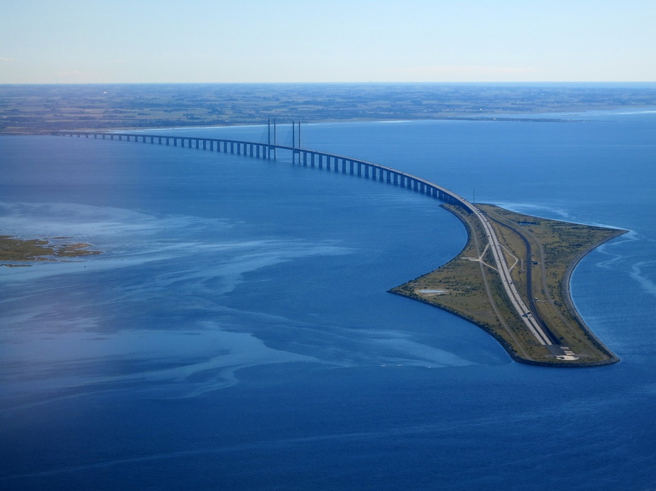Øresund-Bridge-sweden-from_the_air