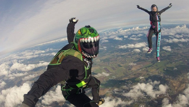 Sky diving in oregon