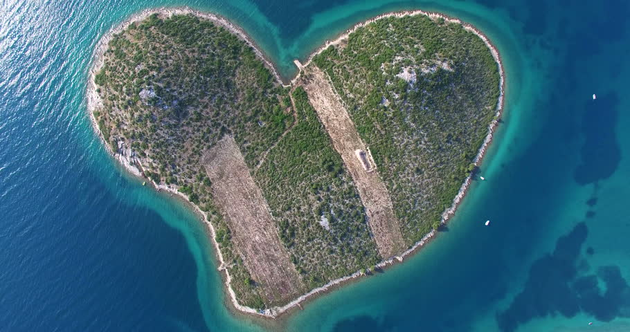 Overhead image of lovers island off the croatian coast